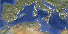Aquacultures en Méditerranée par Google Earth